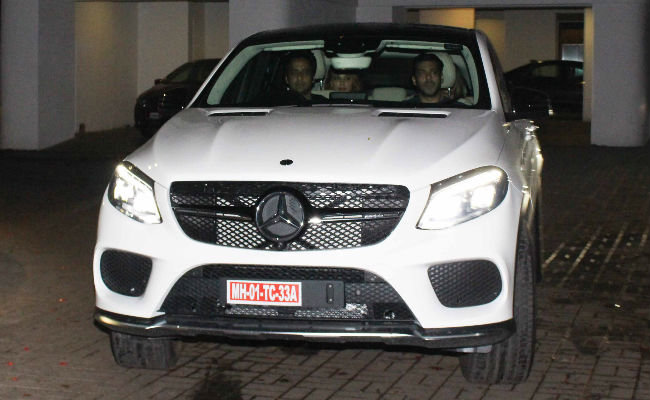 Shah rukh khan reportedly gifts mercedes benz gle450 amg for Mercedes benz gle 450