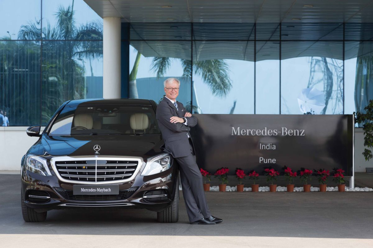 Mercedes-Benz posts record sales in June quarter