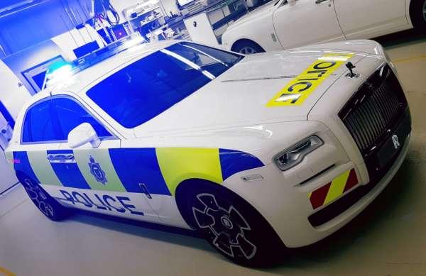 Rolls Royce Ghost Black Badge police car (3)