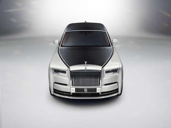 Rolls Royce Phantom VIII 18