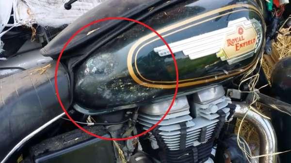 Royal-Enfield-Motorcycles-Damaged-In-Transit-3-600x337