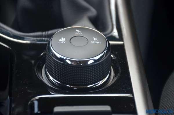 Tata-Nexon-drive-selector-dial-600x398