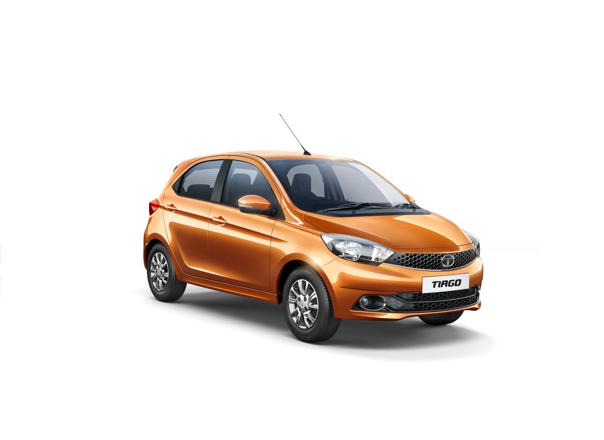 Tata's TIAGO crosses 1 lakh booking mark