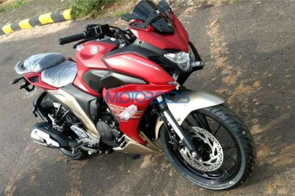 Yamaha-Fazer-250-Spied-1-600x398