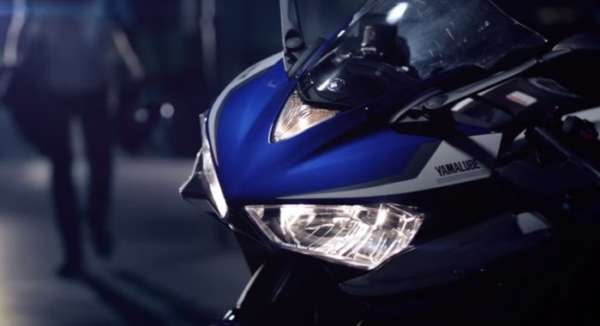 Yamaha-R25-TV-Commercial-Image-2-700x380-600x326