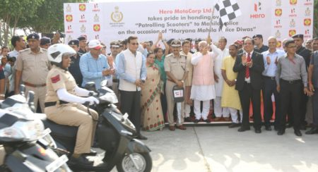 100 New Hero Duet Scooters Presented To Women Police Officers Of Haryana (2)