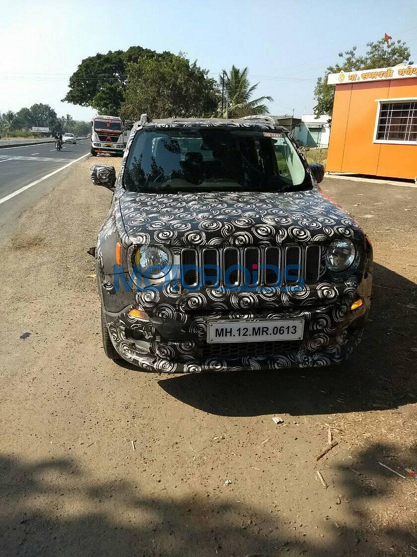 2017-Jeep-Renegade-India-1