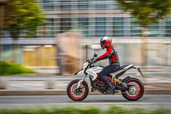 2018 Ducati Hypermotard 939 (4)