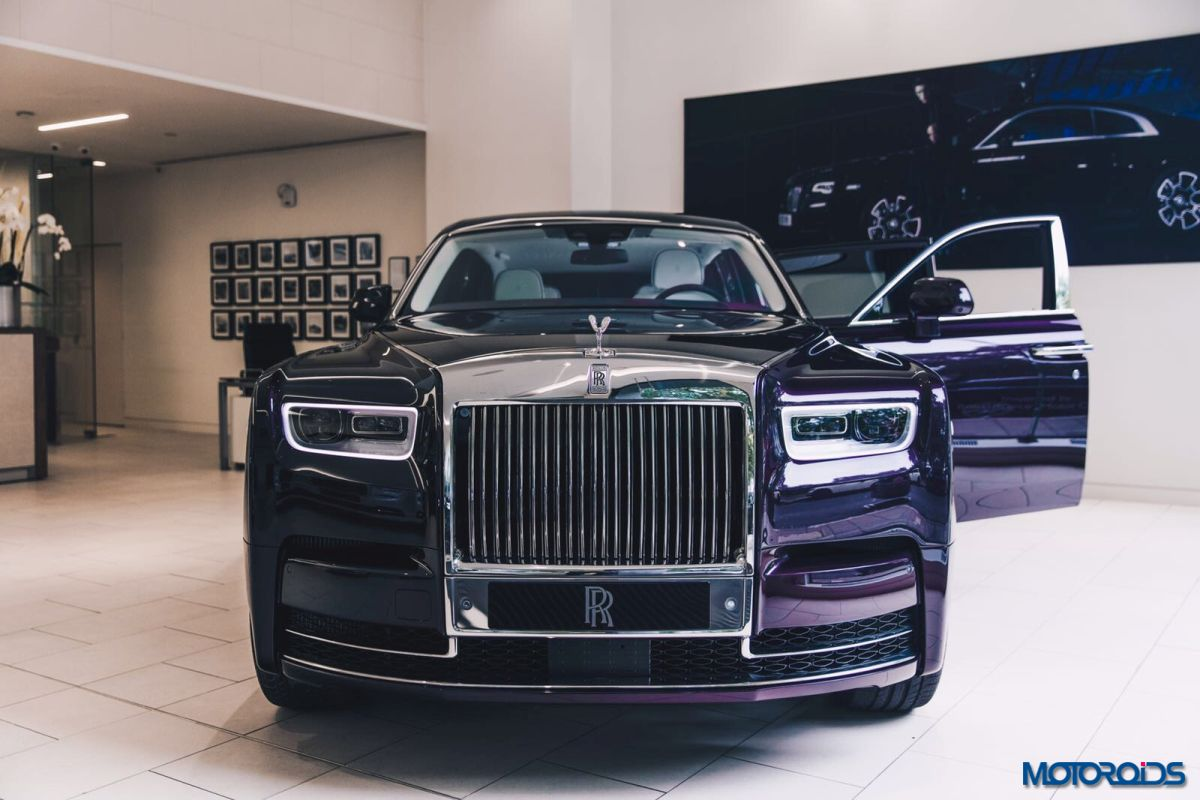 in images 2018 rolls royce phantom in the flesh at london motoroids. Black Bedroom Furniture Sets. Home Design Ideas