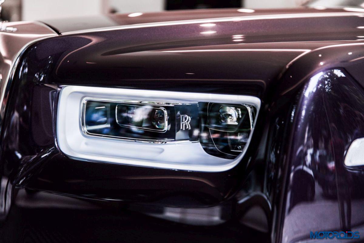 Coolest Luxury Cars 2018 >> In Images: 2018 Rolls-Royce Phantom In The Flesh At London | Motoroids