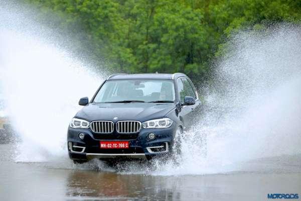 BMW-Experience-Tour-2017-Mumbai-3-600x400