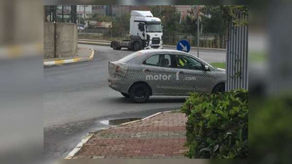 Ford-Figo-Aspire-Spied-In-Turkey-2-600x338