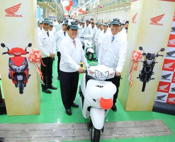 Honda2Wheelers-India-Inaugurates-4th-Assembly-Line-2-600x487