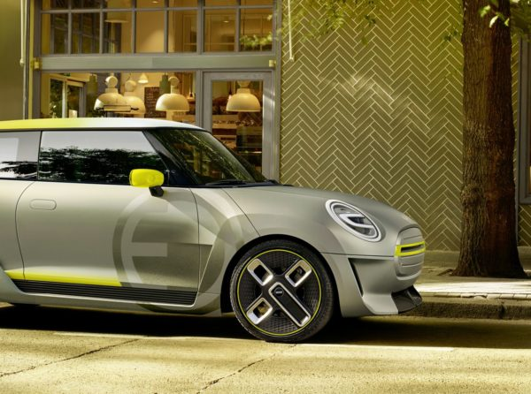 MINI-ELECTRIC-CONCEPT-16-600x446