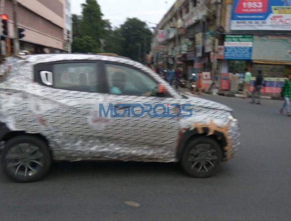 Mahindra-KUV100-facelift-spied-testing-1-600x455