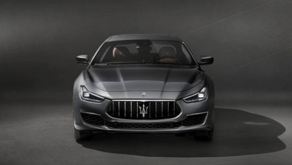 Maserati_Ghibli_GranLusso_MY18_02-600x338