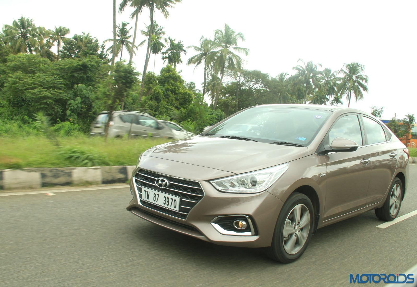August 28, 2017-New-2017-Next-gen-Hyundai-Verna-motion-shots-brown-2.jpg