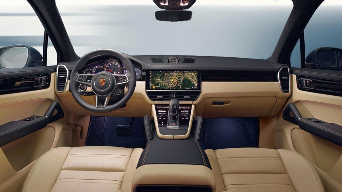 New-2018-third-generation-Porsche-Cayenne-interior-2