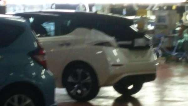 Nissan-Leaf-leaked-2-600x338