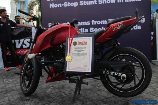 TVS-Stunt-Show-230-600x400