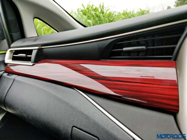 Toyota-Innova-Touring-Sport-red-wood-insert-600x450