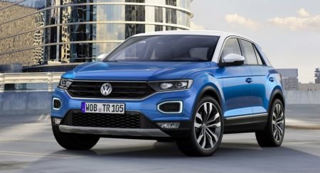 Volkswagen VW T-Roc compact crossover front (1)