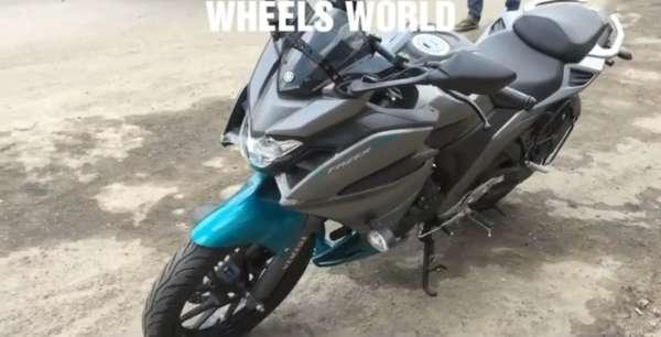 Yamaha-Fazer-250-Walkaround-3-600x306