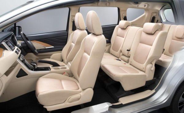 mitsubishi-xpander-interior_827x510_71502622574-600x370