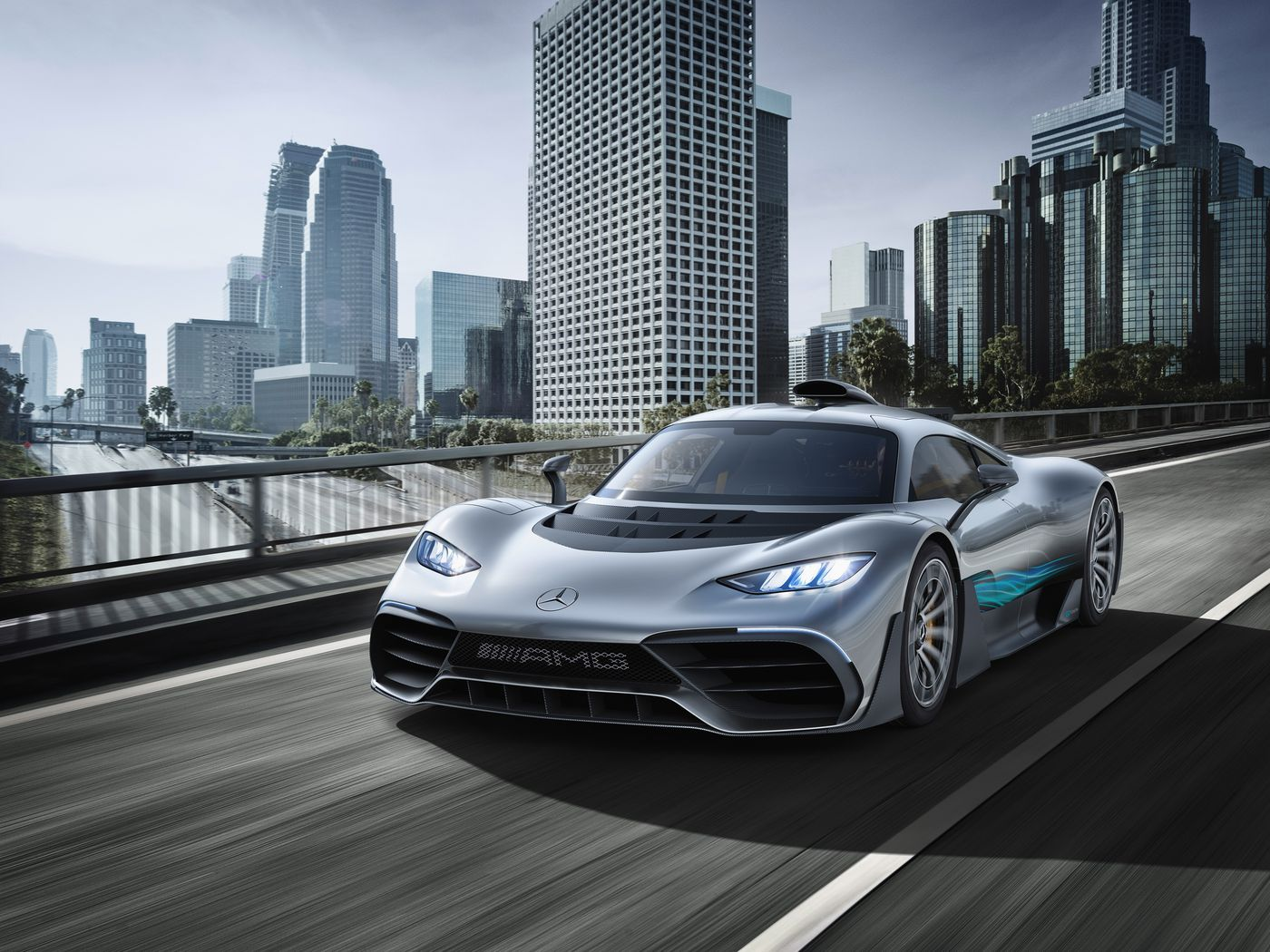 1000-Horsepower Mercedes-AMG Project ONE Hypercar Unveiled