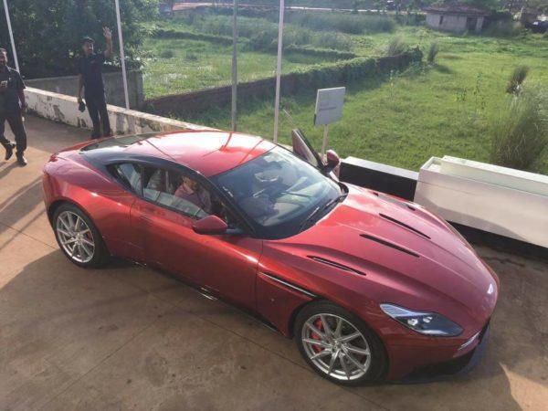 Aston-Martin-DB11-Bhubaneswar-3-600x450
