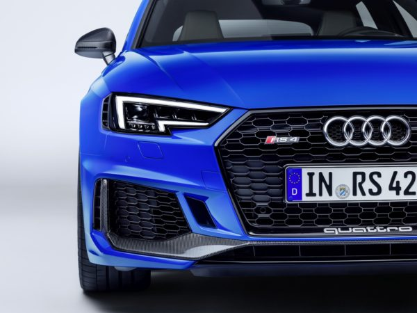 Audi-RS4-And-RS5-Carbon-Edition-1-600x450