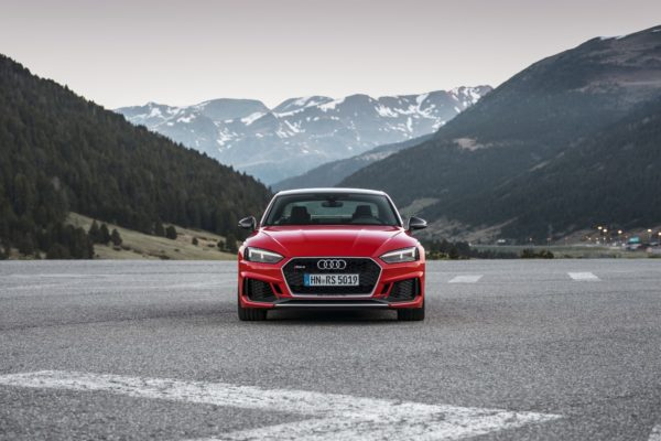 Audi-RS4-And-RS5-Carbon-Edition-4-600x400