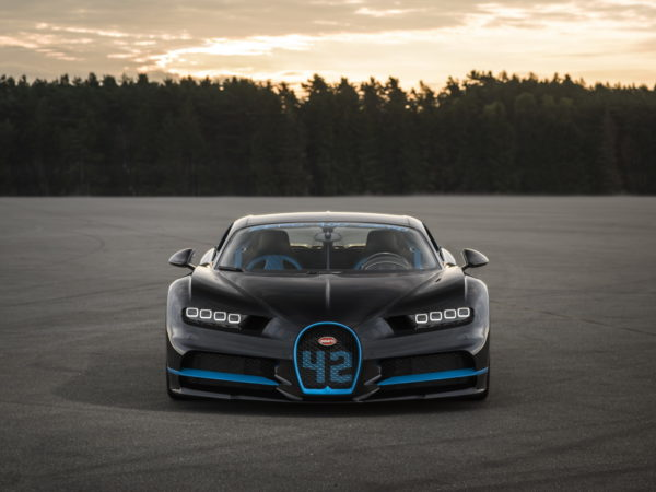 Bugatti-Chiron-0-400-0-kmph-world-record-5-600x450