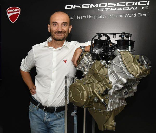 Ducati-Desmosedici-Stradale-Engine-1-600x511