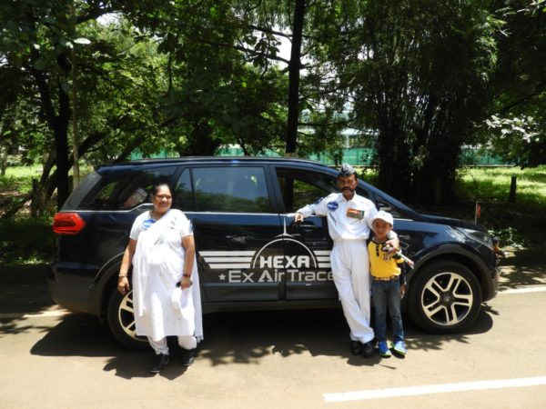 Ex-Air-Force-Couple-Set-To-Tour-India-In-A-Tata-Hexa-3-600x450