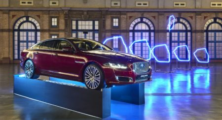 Jaguar XJ - Game of Drones (1)