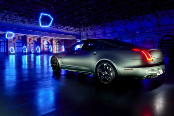 Jaguar-XJ-Game-of-Drones-2-600x401