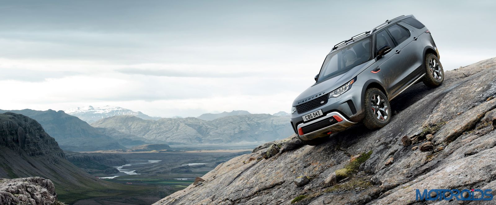 Land-Rover-Discovery-SVX-3