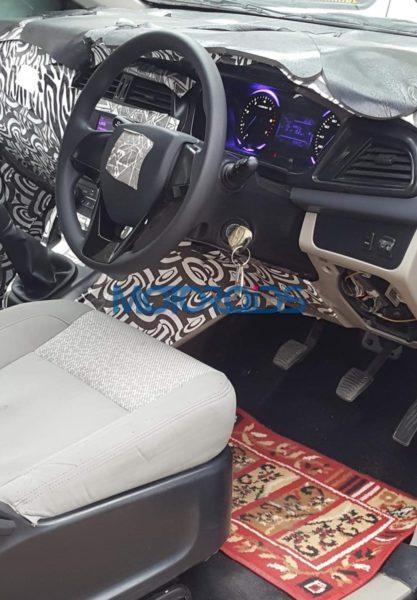 Mahindra-U321-interiors-spied-2-417x600