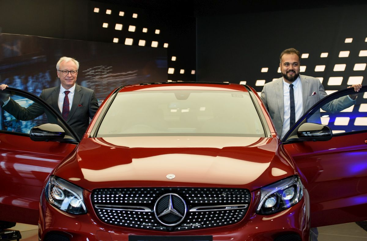 Mercedes benz inaugurates their new 3s facility counto for Mercedes benz car dealers