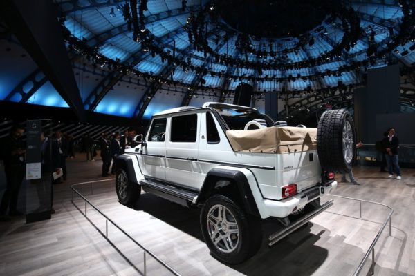 Mercedes-Maybach-G-650-1-600x400