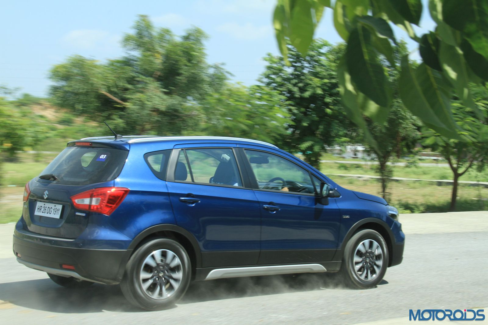 New-Maruti-Suzuki-S-Cross-Alpha-Review-action-shots2