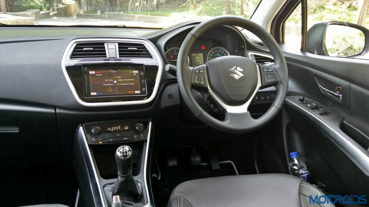 New Maruti Suzuki S Cross Alpha Review cabin (45)