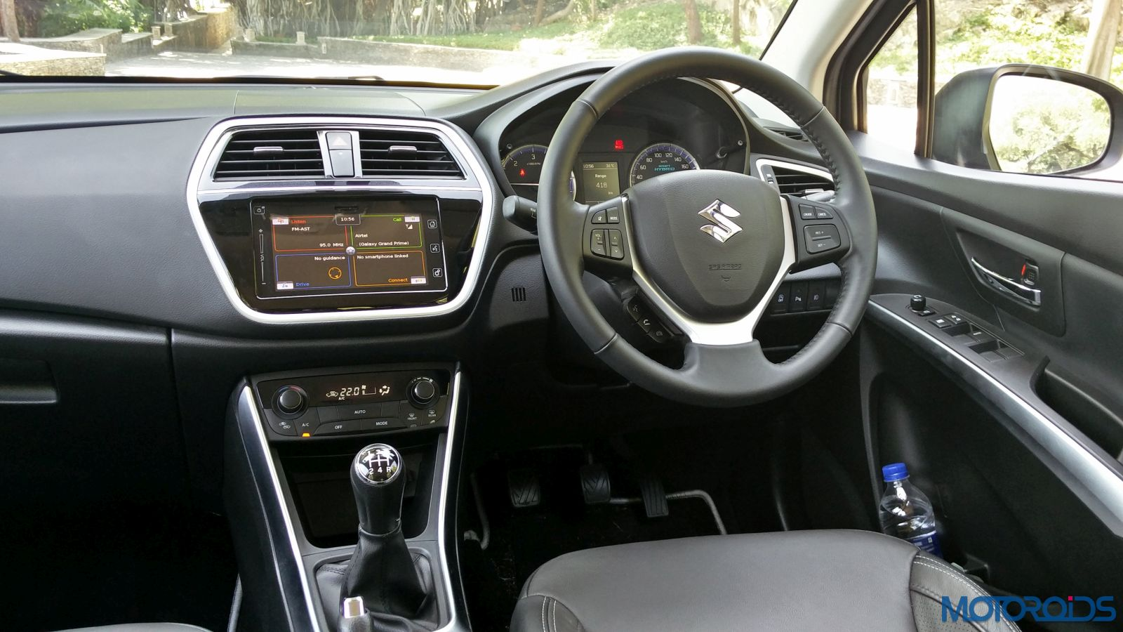 New-Maruti-Suzuki-S-Cross-Alpha-Review-cabin-45