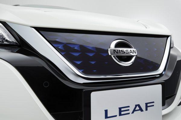 New-Nissan-LEAF-16-600x400