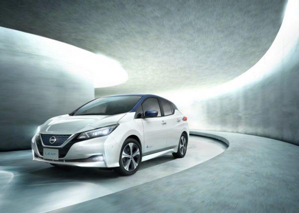 New-Nissan-LEAF-20-600x427