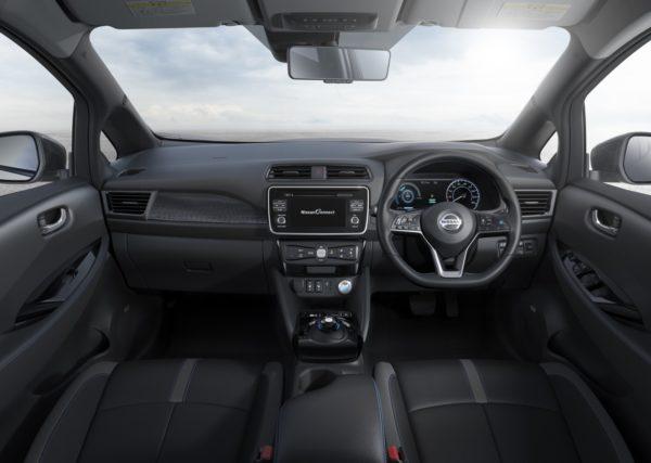 New-Nissan-LEAF-26-600x427