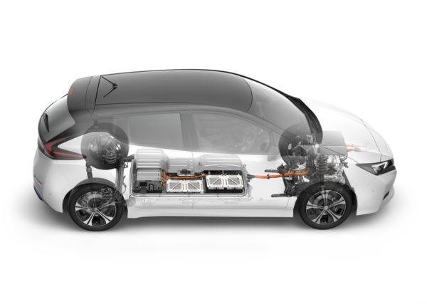 New-Nissan-LEAF-35-600x427