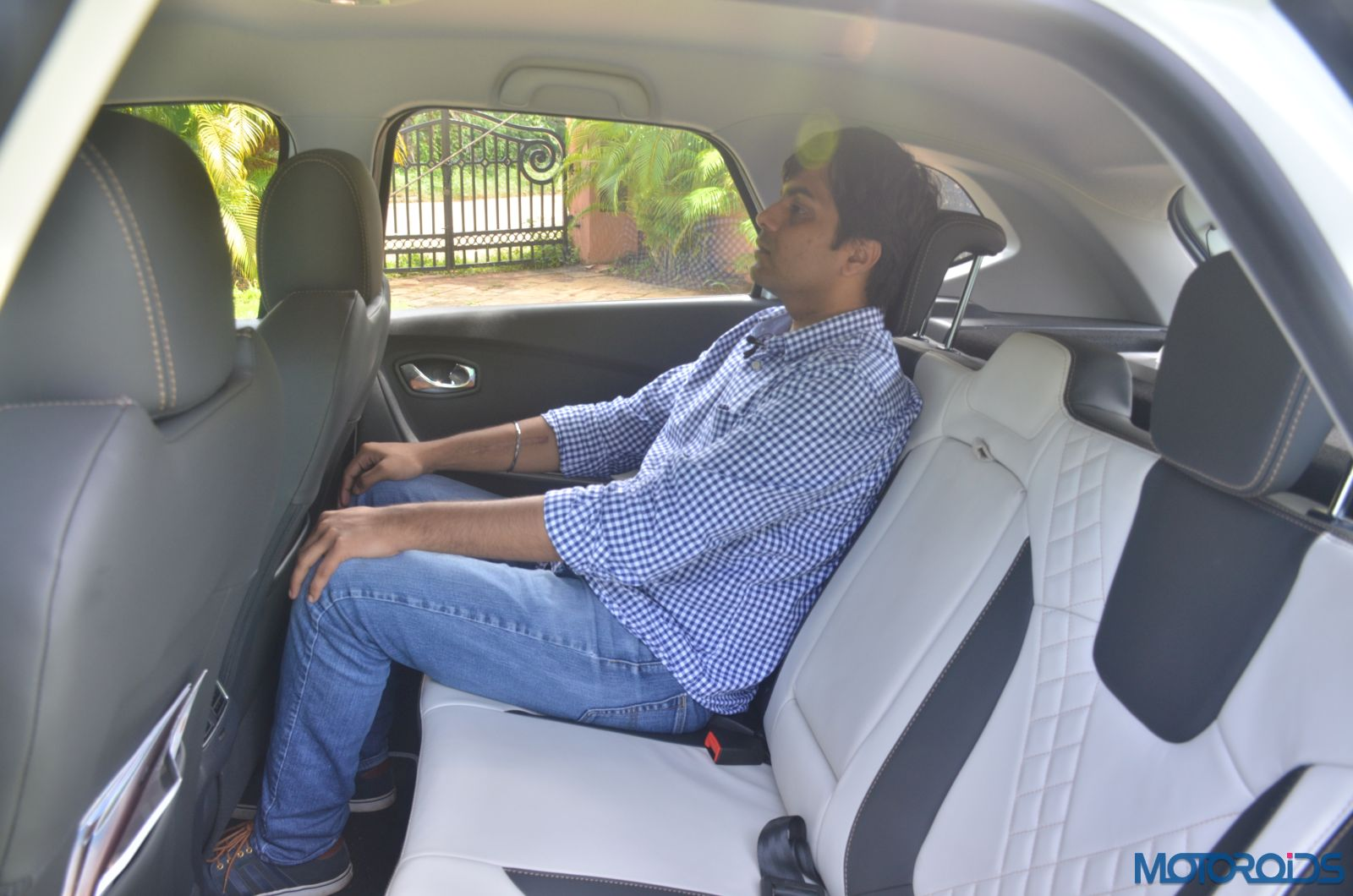 New-Renault-Captur-rear-seat-space-2