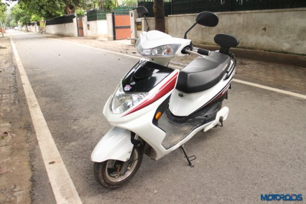 Okinawa-Ridge-Electric-Scooter-Review-28-600x400